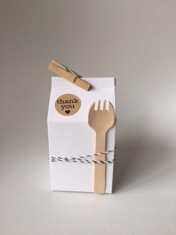 caja milk box