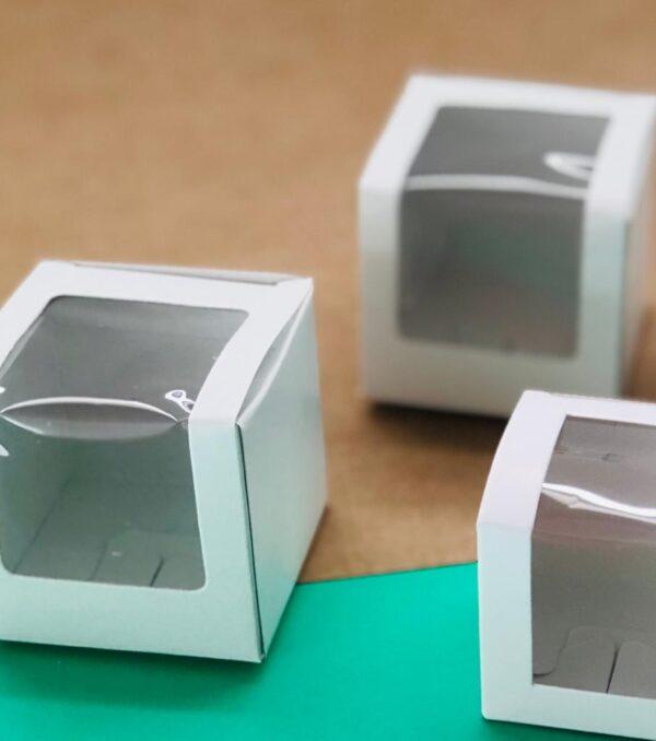 caja 6x6x6.5 cm