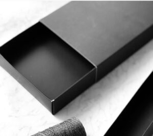 Caja negra 33x13x4 cm