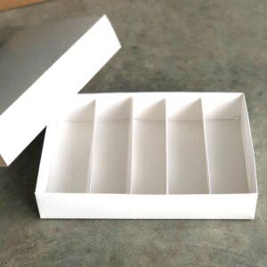 caja con divisiones